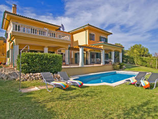 Villa for sale in Mallorca, Cala Vinyes...