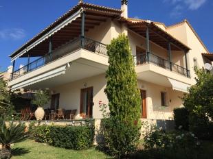 3 bedroom Villa for sale in Attica, Saronida