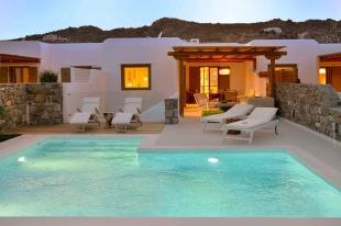 2 bed Villa in Cyclades islands...