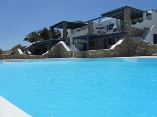 3 bed Semi-detached Villa for sale in Cyclades islands...
