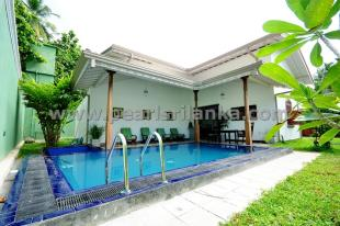 4 bed Villa in Hikkaduwa, South