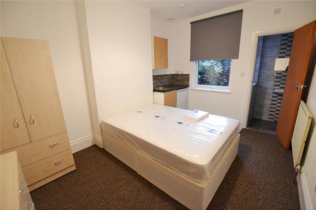 Bed 2 with en-suite
