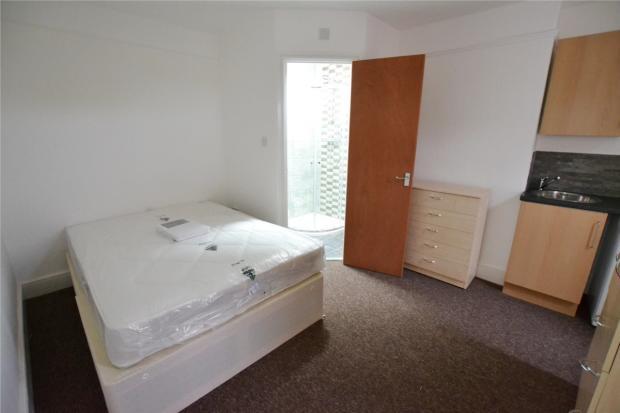 Bed 3 with en-suite