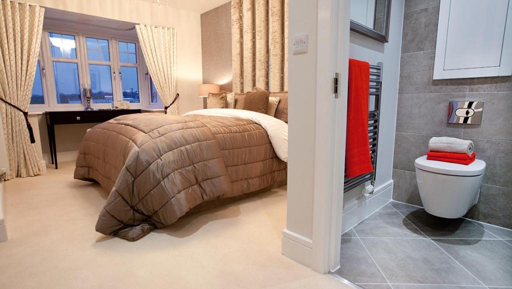 Avant designer bedroom with en suite