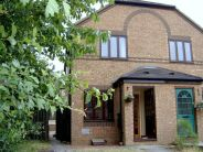 2 bed home to rent in Rillington Gardens...