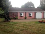 2 bed Bungalow in Oak Lodge, Albyns Lane...