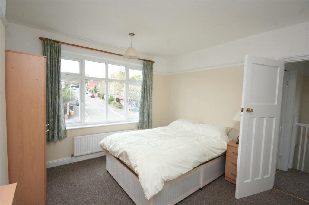 Room 1 Pic 2