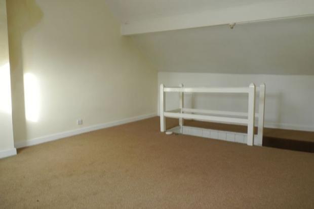 Upper Floor Be...