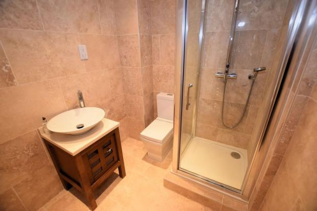 Shower Room Lo...