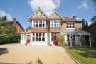 4 bed Detached property for sale in Moorlands Road...