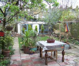 Victorian design ideas photos inspiration rightmove for 14 m4s garden terrace