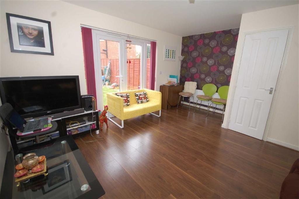 Rear Living Room/Din