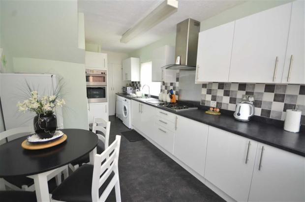 Refitted Kitchen/Din
