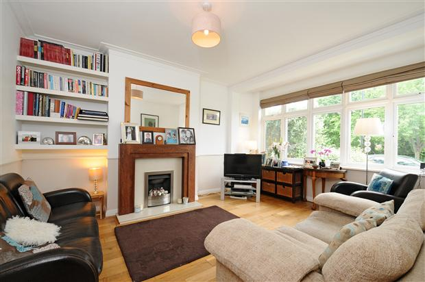 4 bedroom semi detached house for sale in kirkstall for 1930s interior design living room
