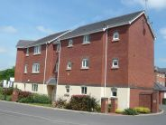 2 bed Apartment to rent in Harbourne Close...