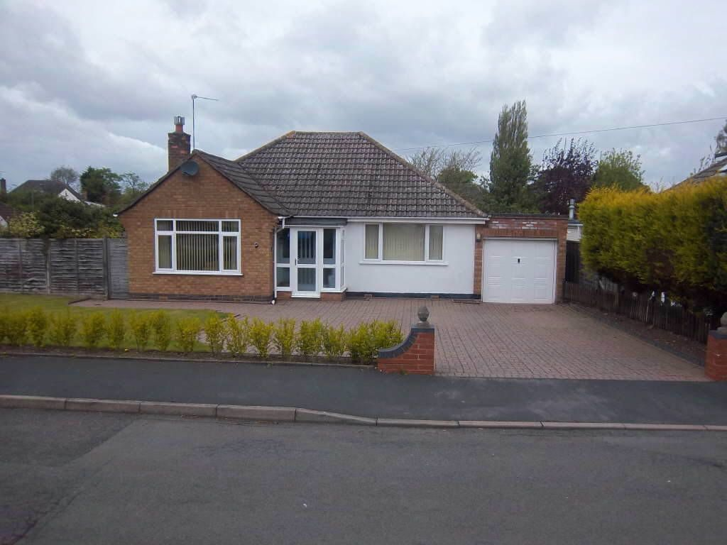 3 bedroom detached bungalow for sale in glebe road