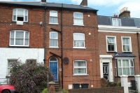Studio apartment in Walsworth Road, Hitchin