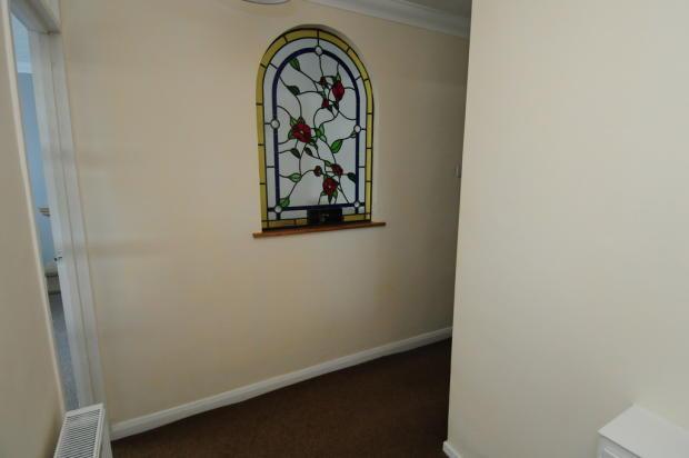 Feature Window ha...