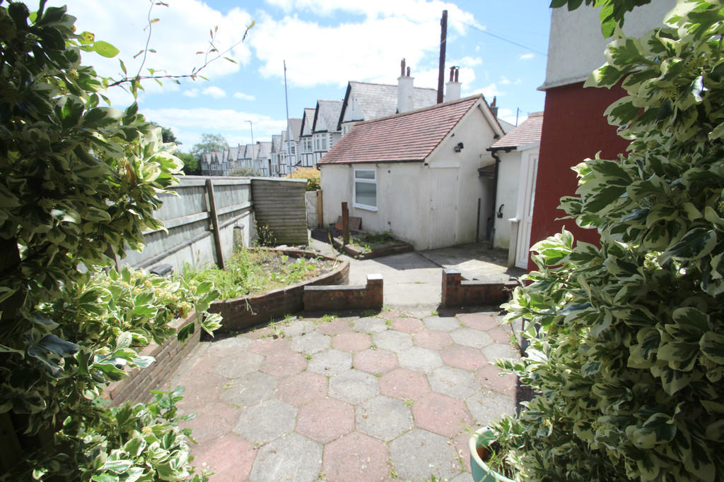 3 bedroom end of terrace house for sale in nelson avenue 3 bedroom houses for sale in plymouth