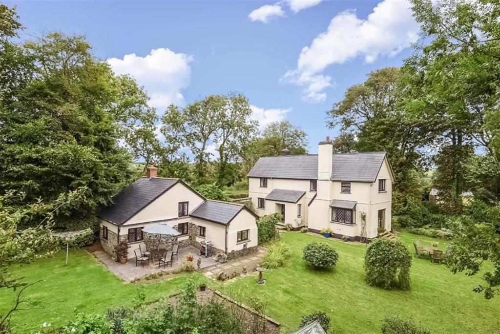 Bed And Breakfast For Sale In Bude Cornwall
