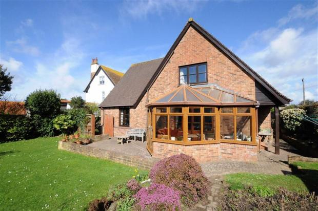 4 Bedroom Detached House For Sale In Ocean View Road Bude