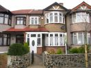 4 bed Terraced property for sale in Braintree Avenue...