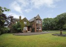 Detached property in Derclach...