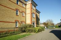2 bedroom Flat to rent in Highlands Avenue, London...