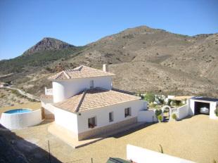 Detached Villa for sale in Andalusia, Almer�a, Oria