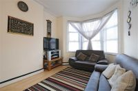 2 bedroom Apartment for sale in Osborne Road, London, NW2
