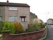 2 bed End of Terrace property for sale in Holland Crescent...