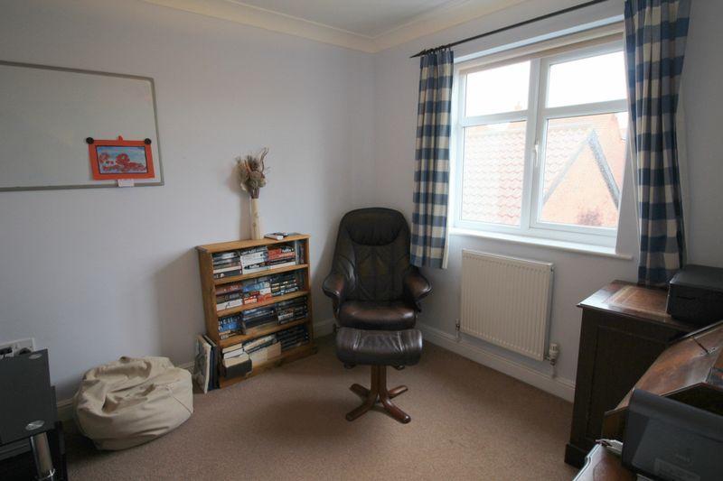 Study/ Bedroom 6