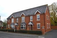 2 bed Apartment in Lime Tree Court...