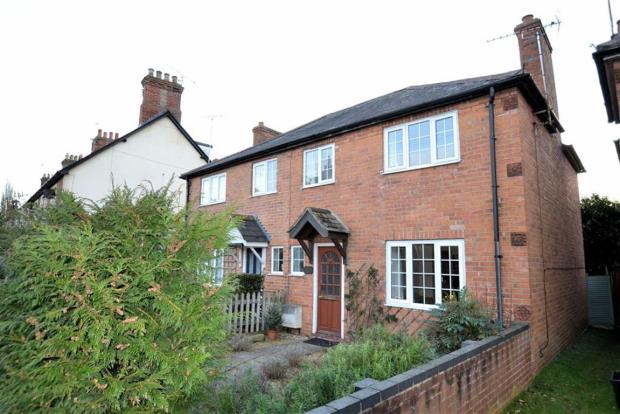 2 bedroom semi detached house for sale in boundary road newbury berkshire rg14 rg14