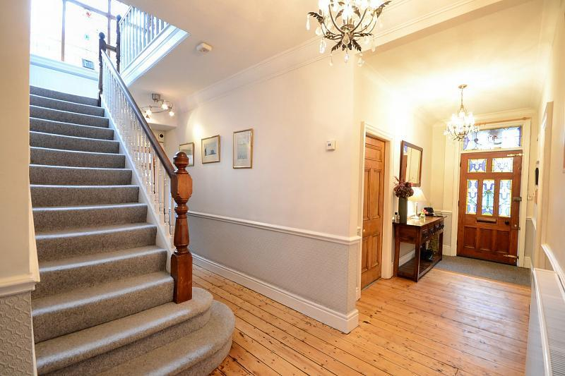 6 Bedroom Detached House For Sale In Belfield Road Didsbury M20