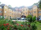 1 bed Ground Flat for sale in Saddlers Court, Epsom