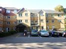 Flat for sale in Saddlers Court...