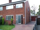 3 bedroom semi detached house to rent in Hope Farm Road...
