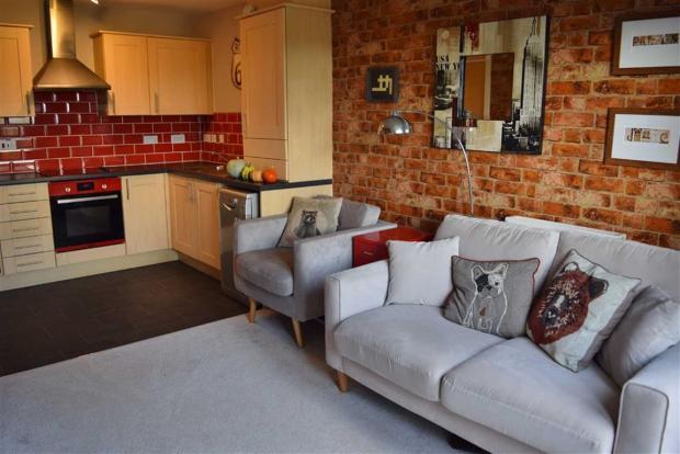 Living Room (Inc Kit