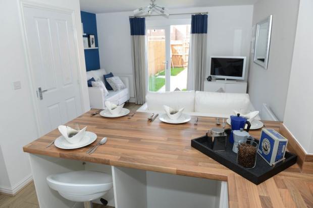 Kitchen/Lounge...