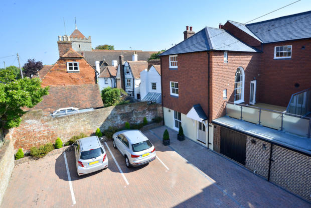 3 Bedroom Town House For Sale In Church Street Bexhill On