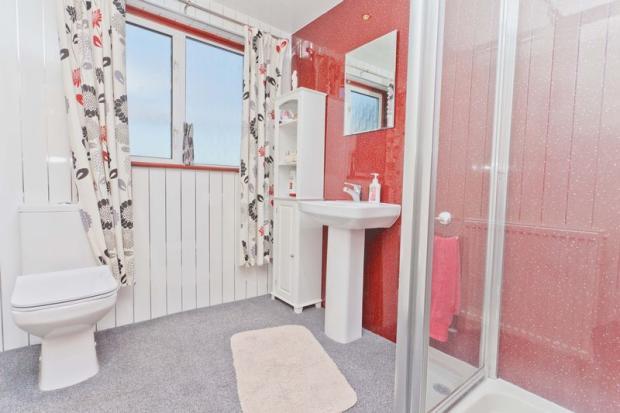 Modern Shower ...