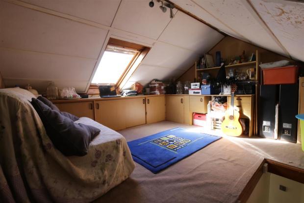 Occasional Bedroom /