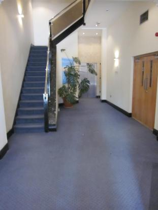 Stairs / Lift Access