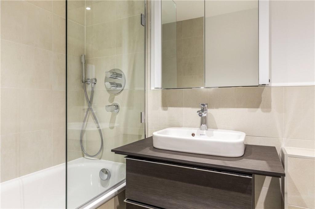 Nw1: Bathroom1