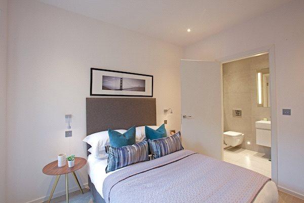 N1: Bedroom