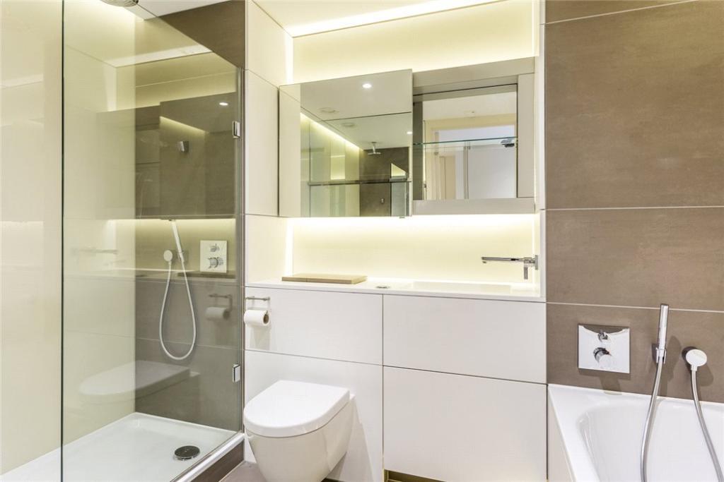 N1C: Bathroom