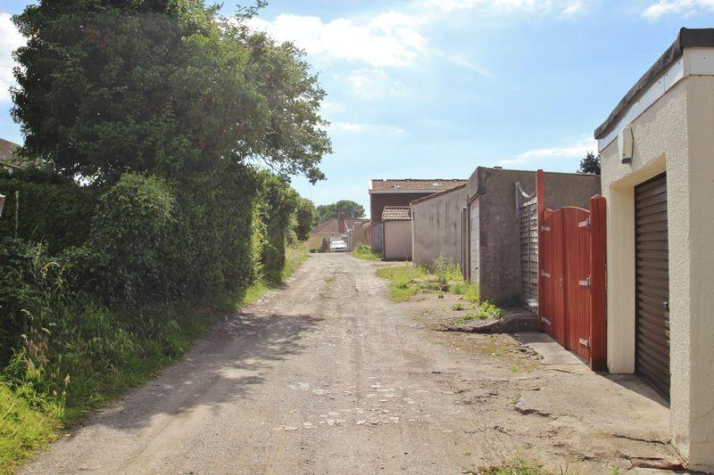 3 bedroom semi detached house for sale in semi detached for Detached home office