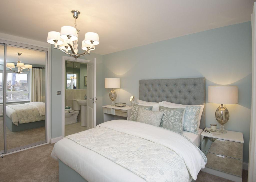 Typical Chesham master bedroom with modern en suite