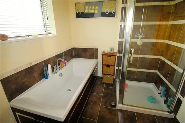 Bathroom/Shower Roo